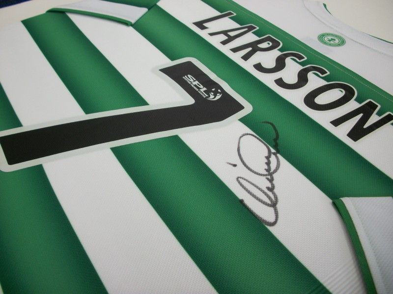 Larsson signed shirt